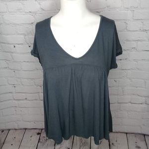 Mudd Grey empire waist v-neck SS tee Sz XS